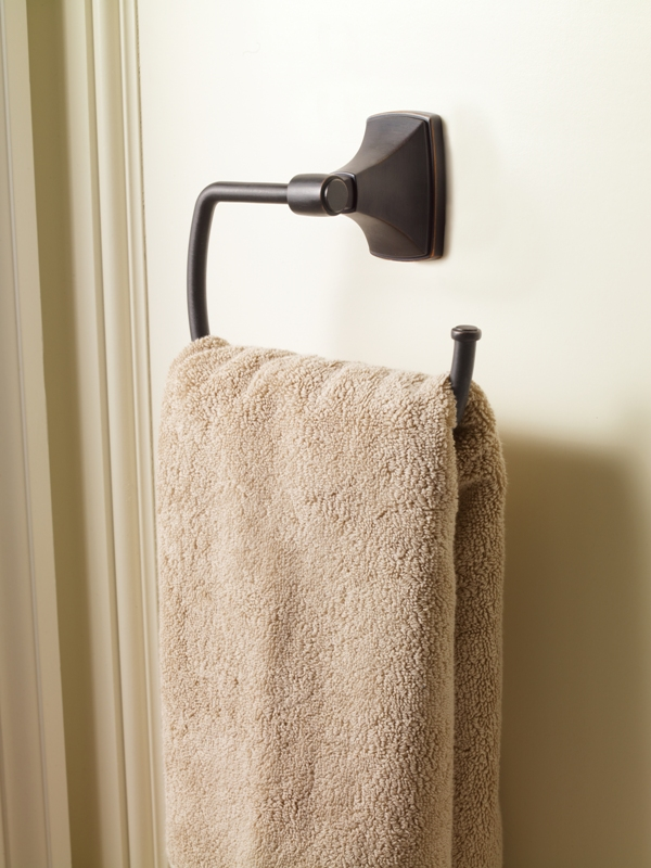 atherly-towel-holder