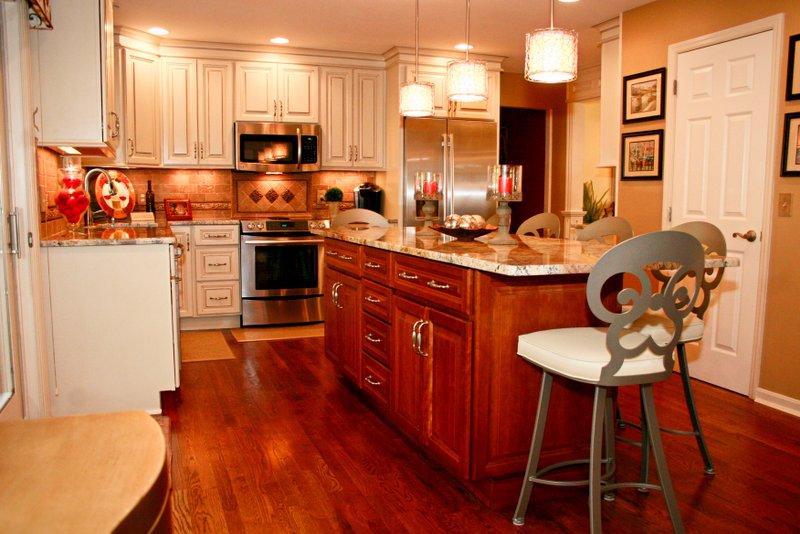 Geraci kitchen remodel edgewood kentucky for Bathroom remodel 41017