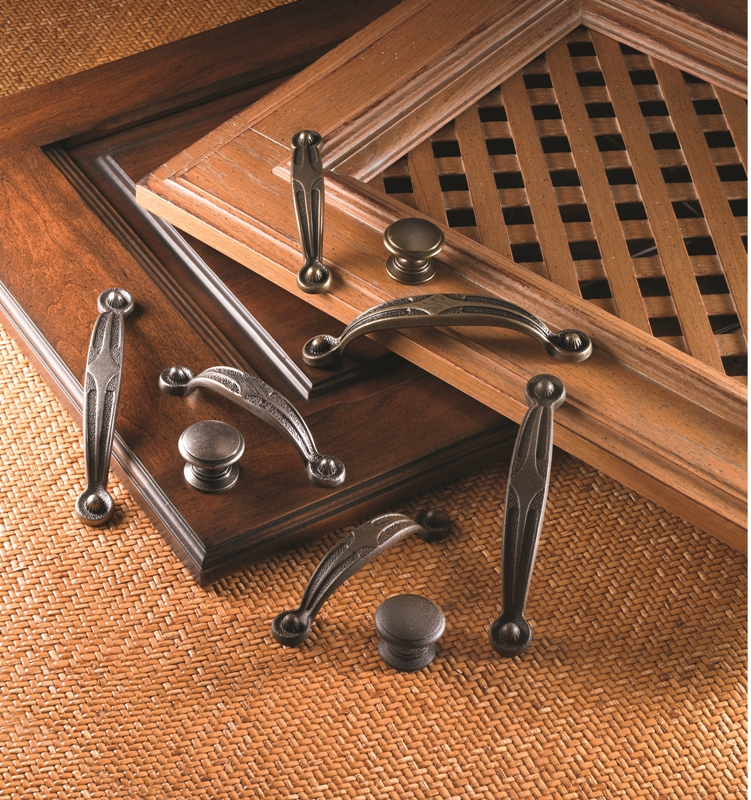 Wood Mode Brookhaven Hardware