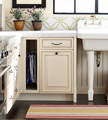 6 Easy Cleaning and Organizing Tips for Your Cabinets…