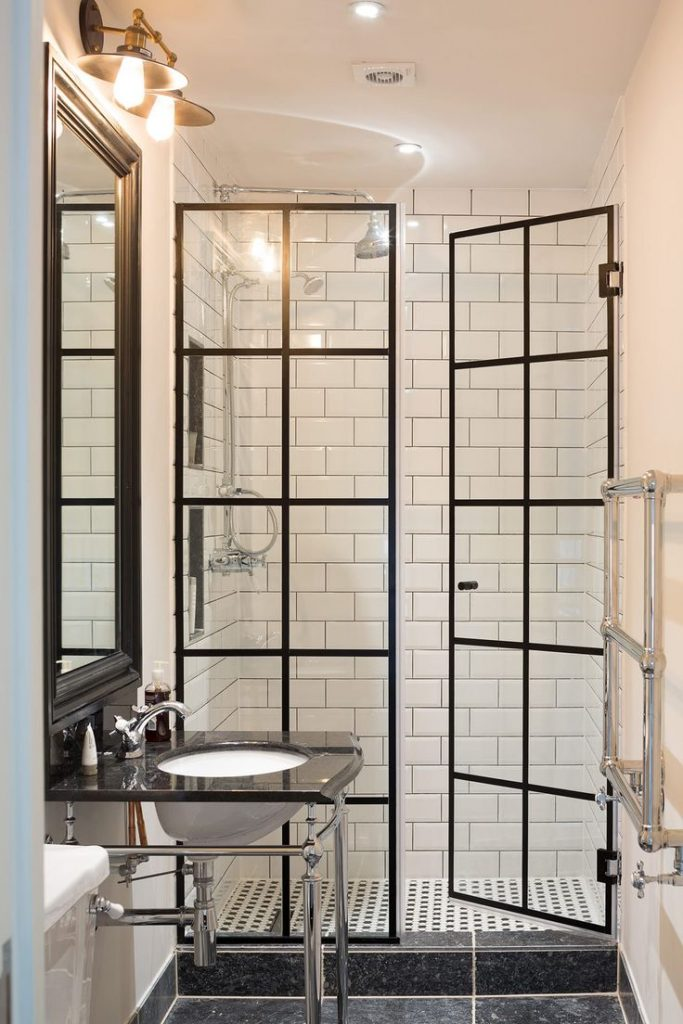 10 ideas that can help bring your bathroom into the 21st for Bathroom remodel 41017
